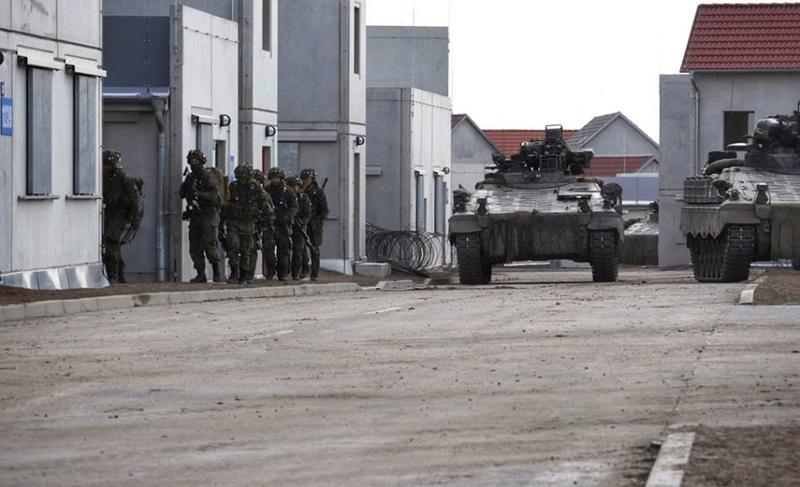 Armée Allemande (Bundeswehr) - Page 6 25128