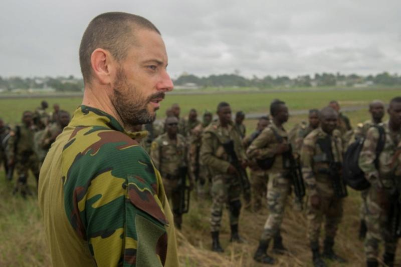 Armée du Gabon - Page 5 2516