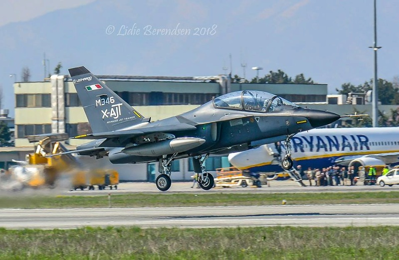 Aermacchi M-346 advanced jet trainer - Page 2 25233