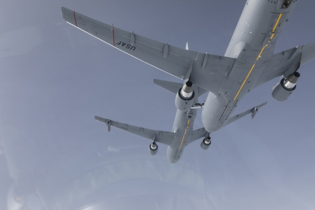 Boeing  KC-46  - Page 2 25425