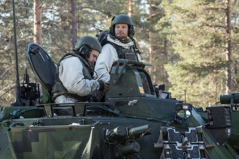 Swedish Armed Forces/Försvarsmakten - Page 13 25610