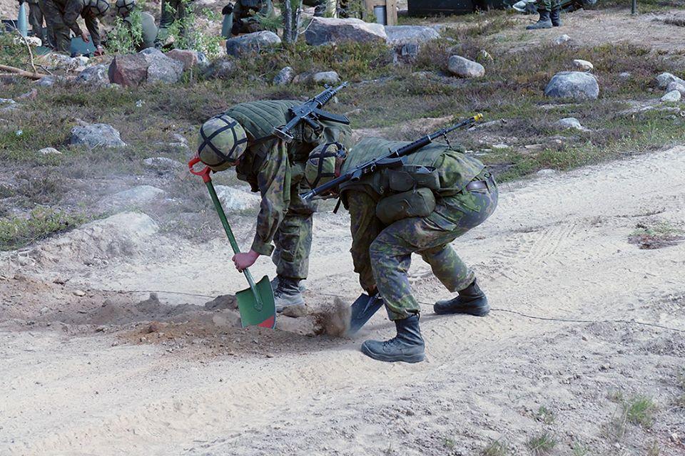 Armée Finlandaise / Finnish Defence Forces / puolustusvoimat - Page 9 2563