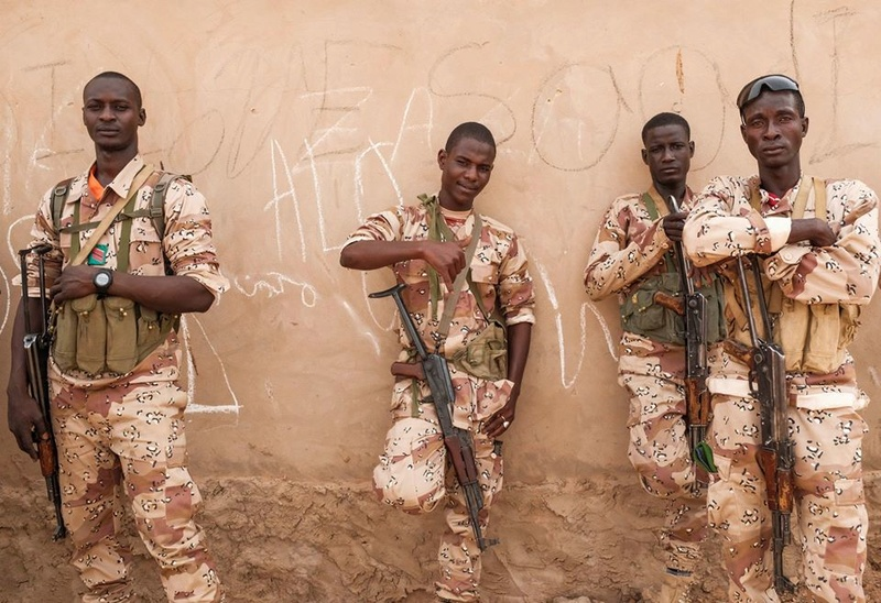 Forces Armées Nigeriennes / Niger Armed Forces ( FAN ) - Page 2 25641