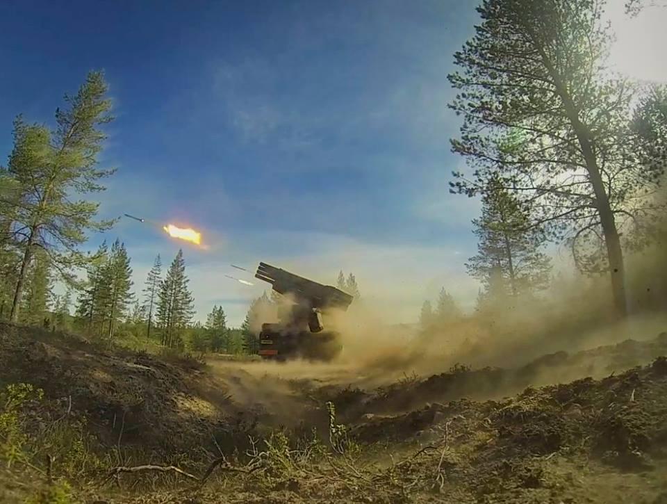 Armée Finlandaise / Finnish Defence Forces / puolustusvoimat - Page 9 26103
