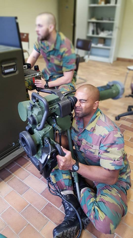 Armée Belge / Defensie van België / Belgian Army  - Page 13 2612