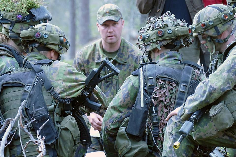 Armée Finlandaise / Finnish Defence Forces / puolustusvoimat - Page 9 2698
