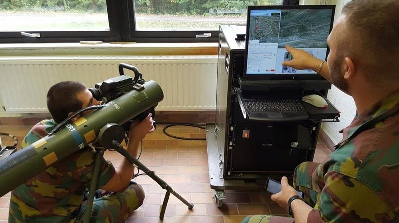 Armée Belge / Defensie van België / Belgian Army  - Page 13 2712