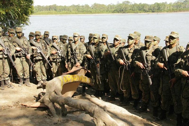 Armée Equatorienne/Fuerzas Armadas del Ecuador - Page 5 2716