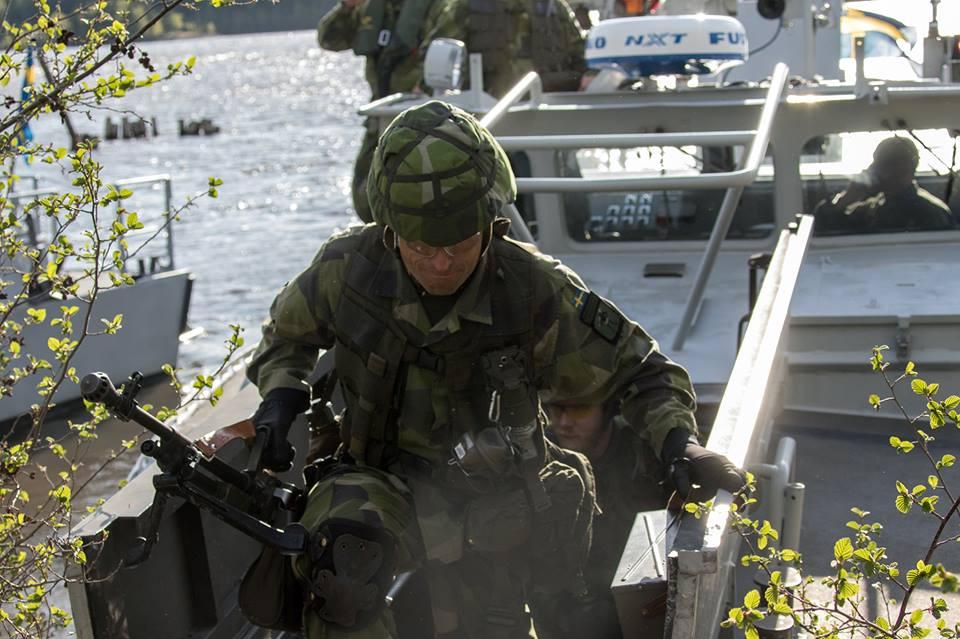 Swedish Armed Forces/Försvarsmakten - Page 13 28116