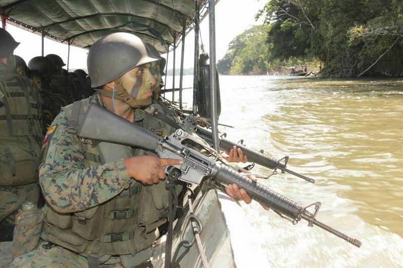 Armée Equatorienne/Fuerzas Armadas del Ecuador - Page 5 2814