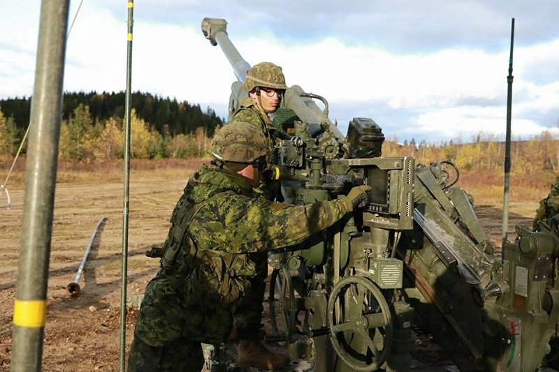 Armée canadienne/Canadian Armed Forces - Page 27 2854
