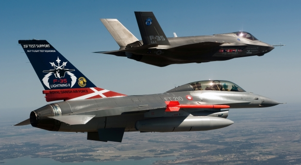 JSF F-35 Lightning II - Page 36 2898