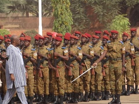 Armée nationale Burkinabé / Military of Burkina Faso - Page 4 2953
