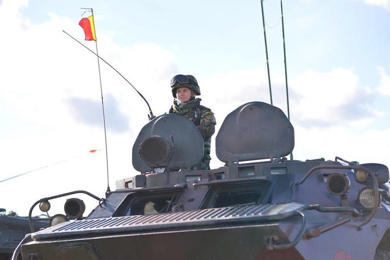 Armée Roumaine/Romanian Armed Forces/Forţele Armate Române - Page 10 30103