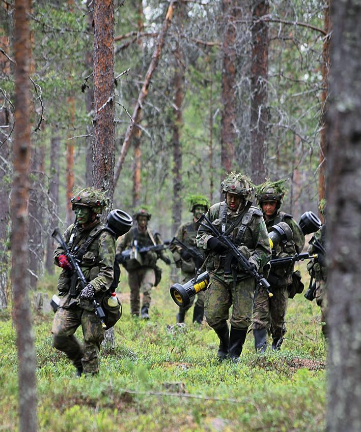 Armée Finlandaise / Finnish Defence Forces / puolustusvoimat - Page 9 30121