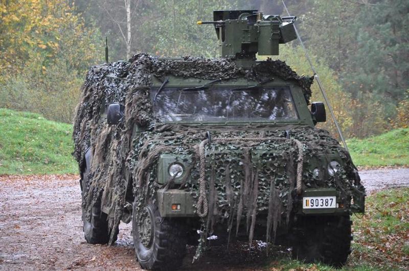 Armée Belge / Defensie van België / Belgian Army  - Page 13 3034