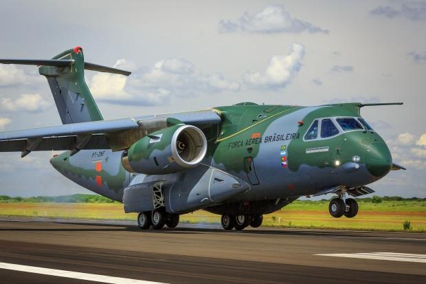 Avions de transport tactique/lourd - Page 6 3072