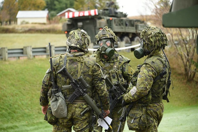 Armée canadienne/Canadian Armed Forces - Page 27 3218