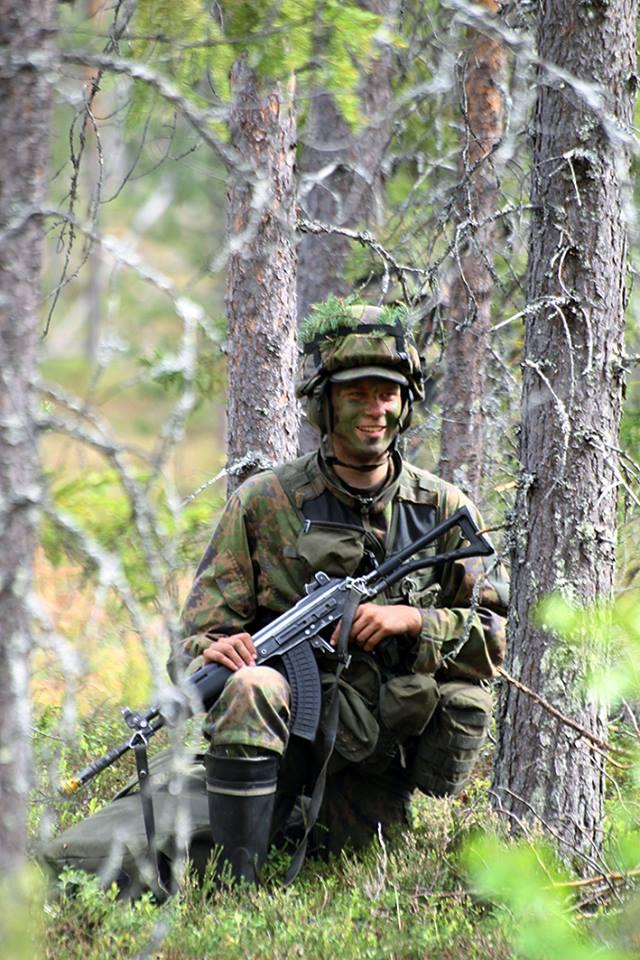 Armée Finlandaise / Finnish Defence Forces / puolustusvoimat - Page 9 3271