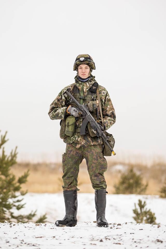 Armée Finlandaise / Finnish Defence Forces / puolustusvoimat - Page 8 3356