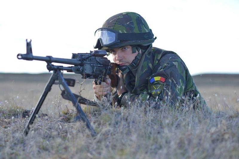 Armée Roumaine/Romanian Armed Forces/Forţele Armate Române - Page 10 3445