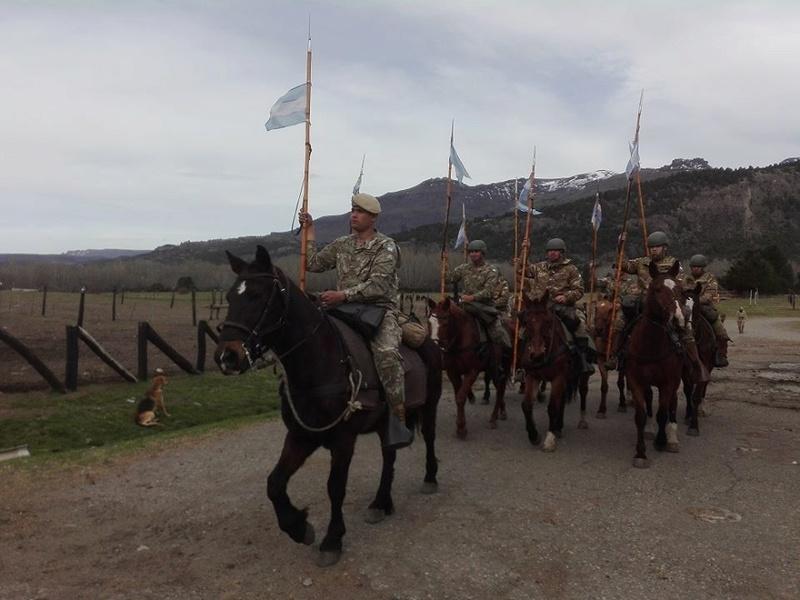 Armée argentine/Fuerzas Armadas de la Republica Argentina - Page 16 3521
