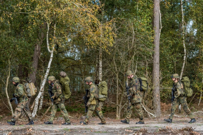 Armée Belge / Defensie van België / Belgian Army  - Page 13 3617