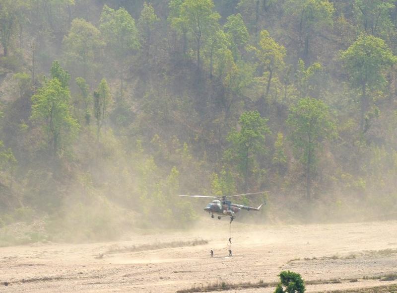 Armée Népalaise 413