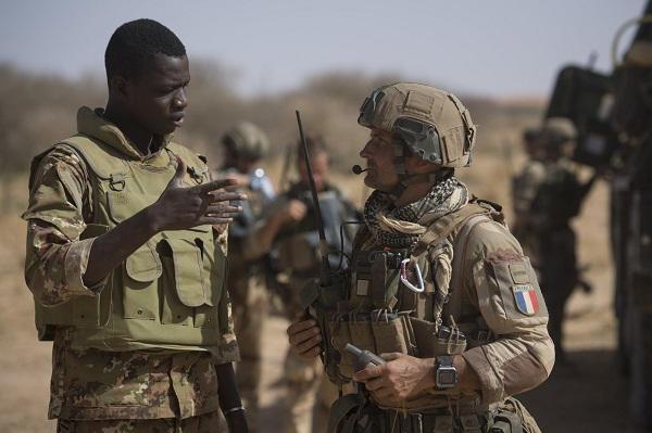 le Sahel zone de non-droit - Page 26 423