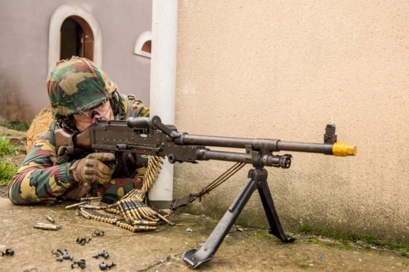 Armée Belge / Defensie van België / Belgian Army  - Page 13 5133
