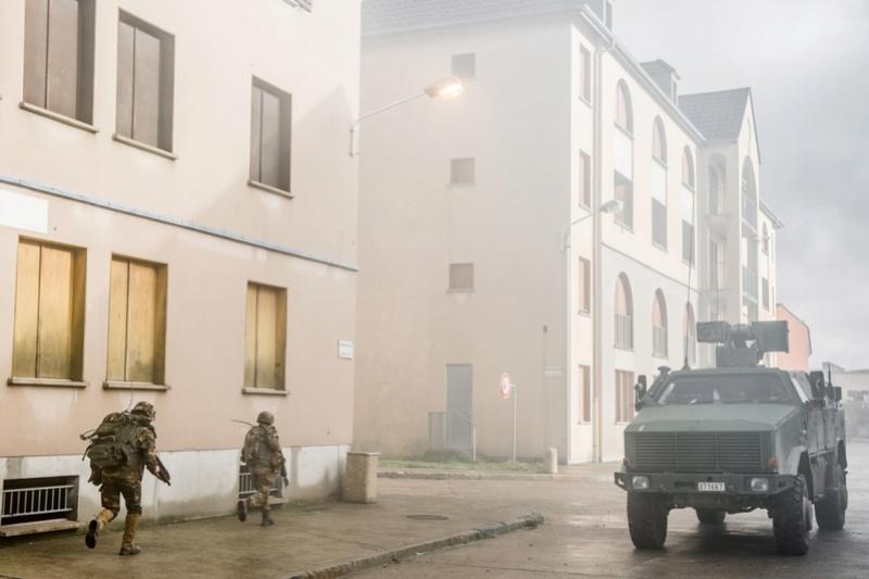 Armée Belge / Defensie van België / Belgian Army  - Page 13 5324