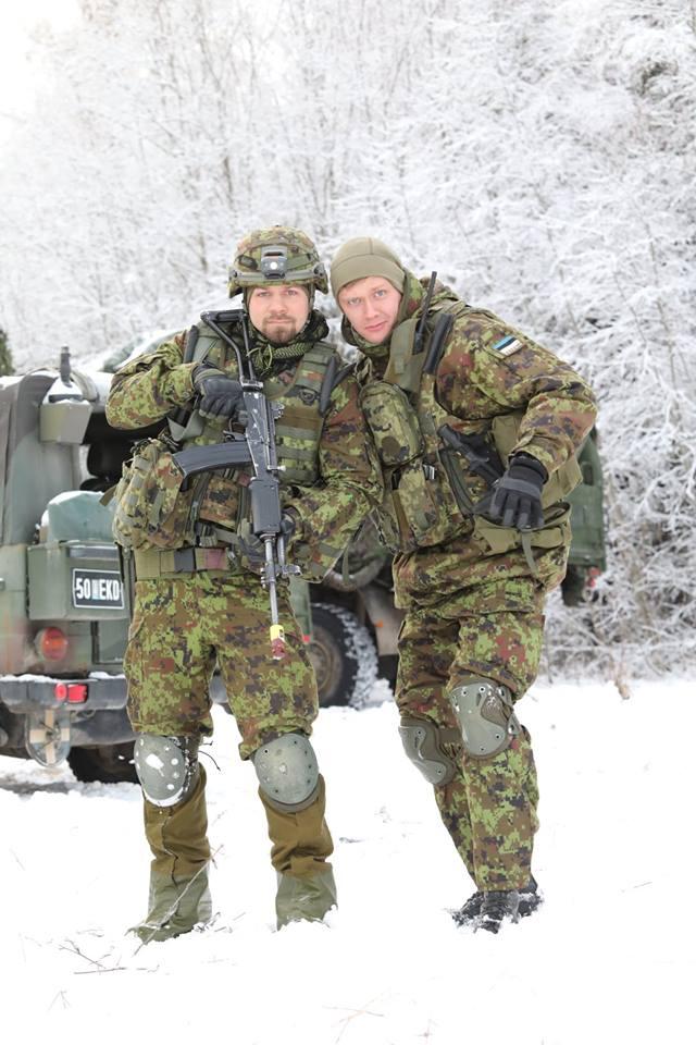 Armée Estonienne/Estonian Army - Page 3 5437