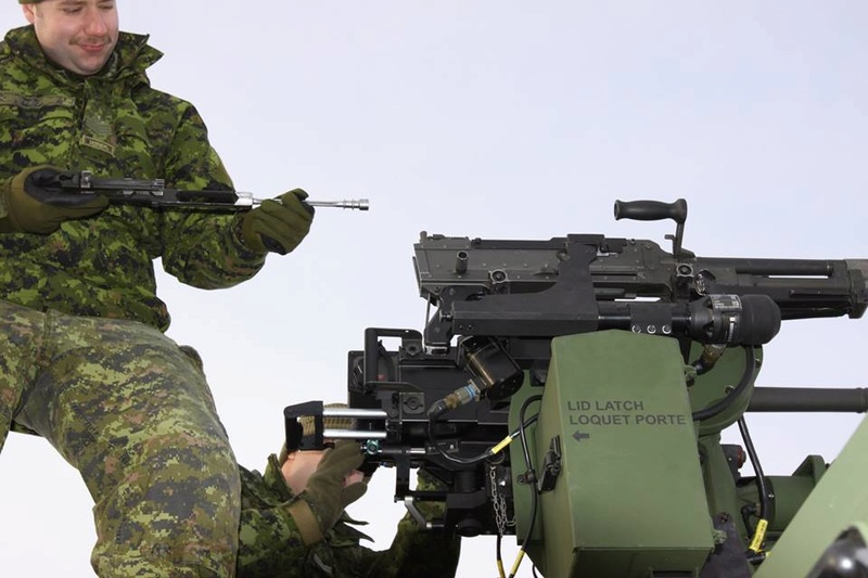 Armée canadienne/Canadian Armed Forces - Page 28 5827