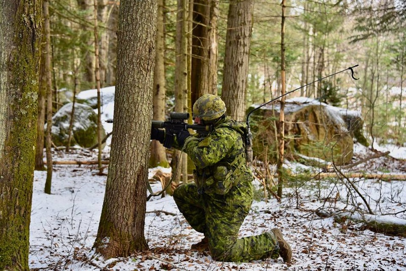 Armée canadienne/Canadian Armed Forces - Page 28 5828
