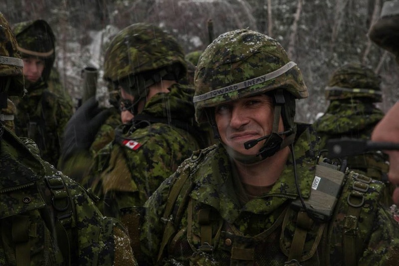 Armée canadienne/Canadian Armed Forces - Page 28 6516