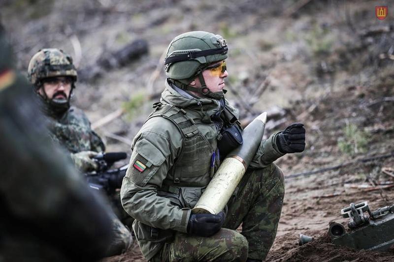 Armée lituanienne/Lithuanian Armed Forces - Page 5 7424