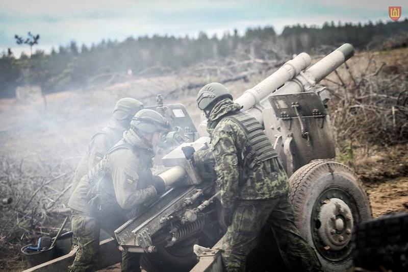 Armée lituanienne/Lithuanian Armed Forces - Page 5 7523