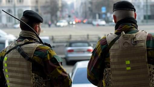 Armée Belge / Defensie van België / Belgian Army  - Page 13 7540