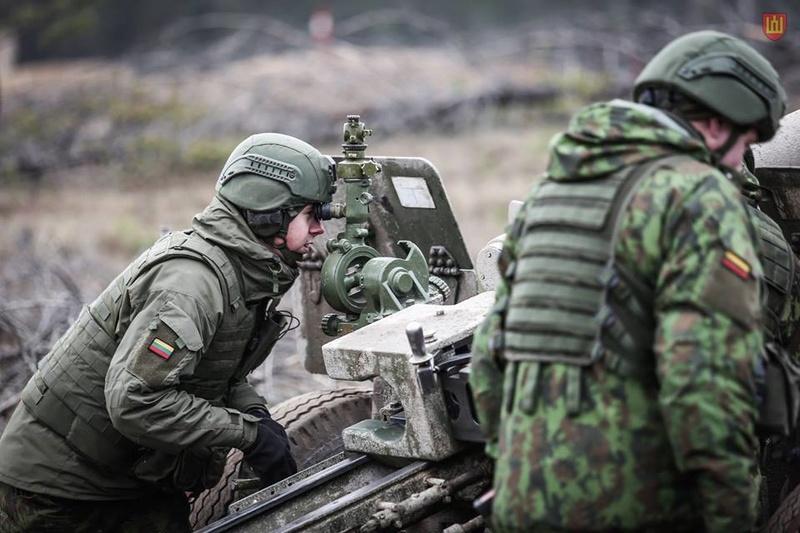 Armée lituanienne/Lithuanian Armed Forces - Page 5 7719