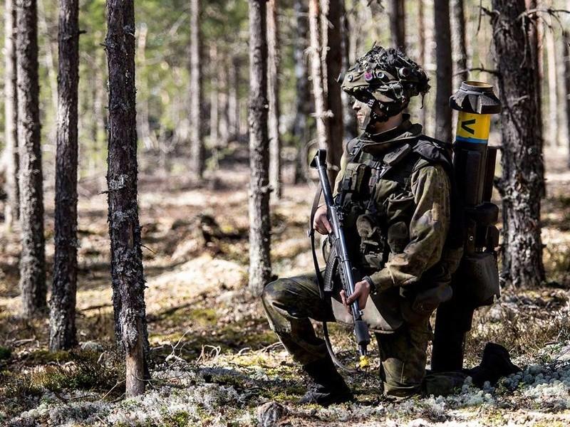 Armée Finlandaise / Finnish Defence Forces / puolustusvoimat - Page 9 821