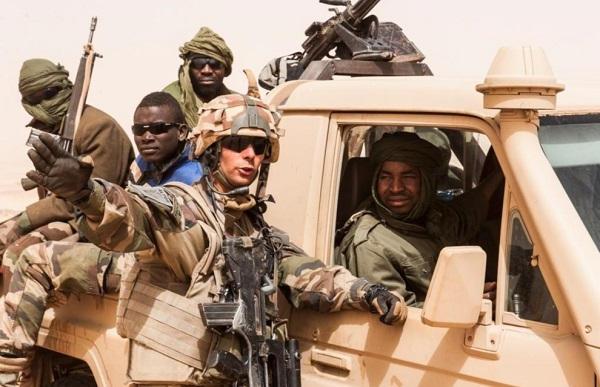 le Sahel zone de non-droit - Page 25 8230