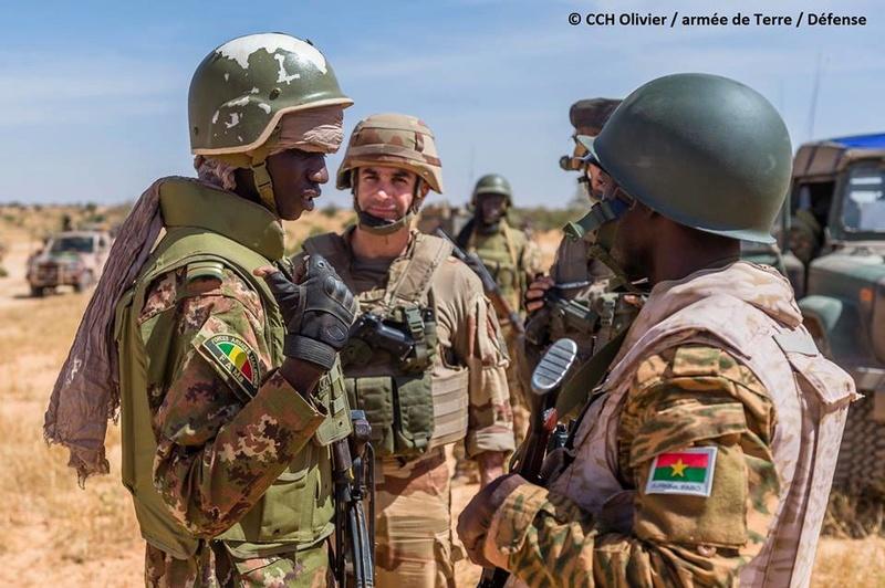 le Sahel zone de non-droit - Page 25 8317