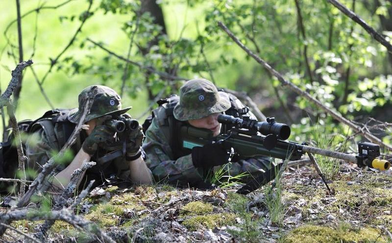 Armée Finlandaise / Finnish Defence Forces / puolustusvoimat - Page 9 833