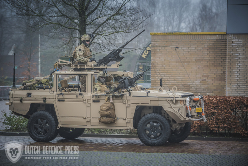 Armée Hollandaise/Armed forces of the Netherlands/Nederlandse krijgsmacht - Page 21 83a24