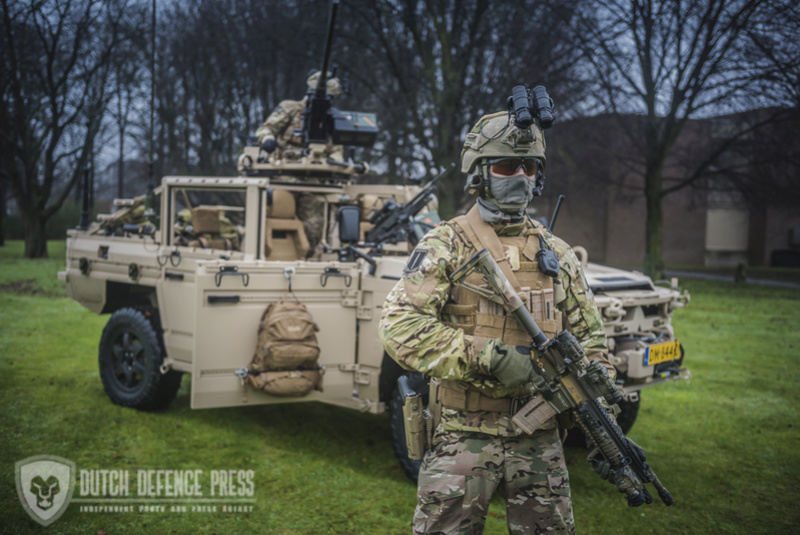 Armée Hollandaise/Armed forces of the Netherlands/Nederlandse krijgsmacht - Page 21 83d26