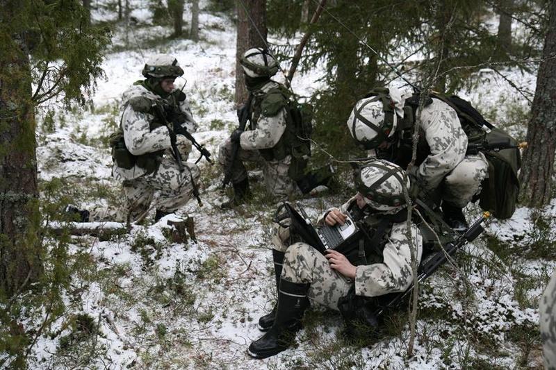 Armée Finlandaise / Finnish Defence Forces / puolustusvoimat - Page 9 83f45