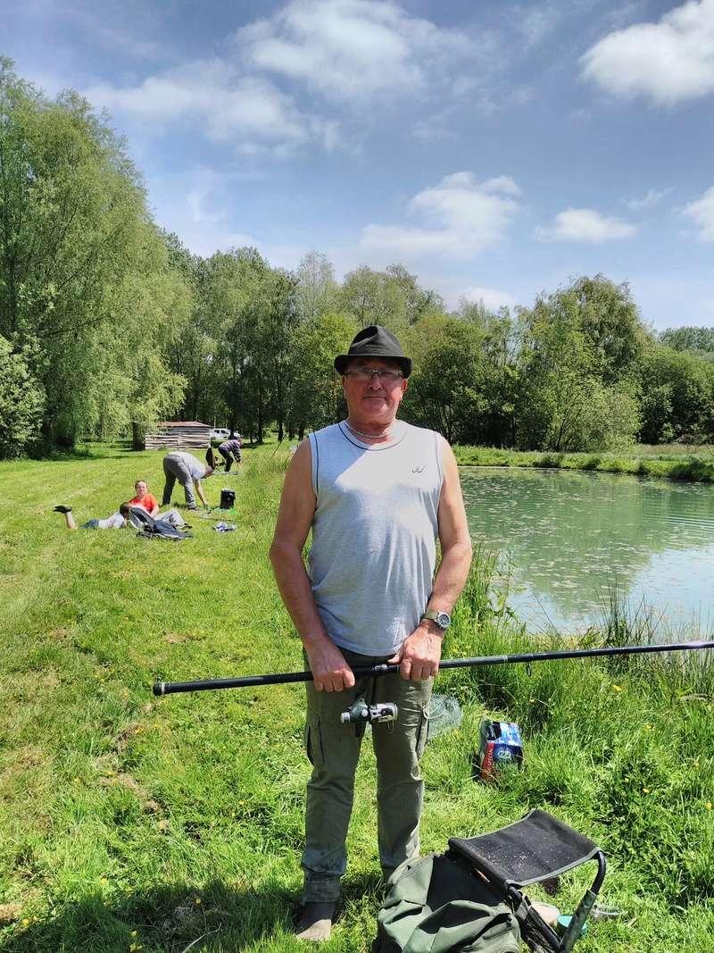 Journée pêche le 19 mai  Img_2019