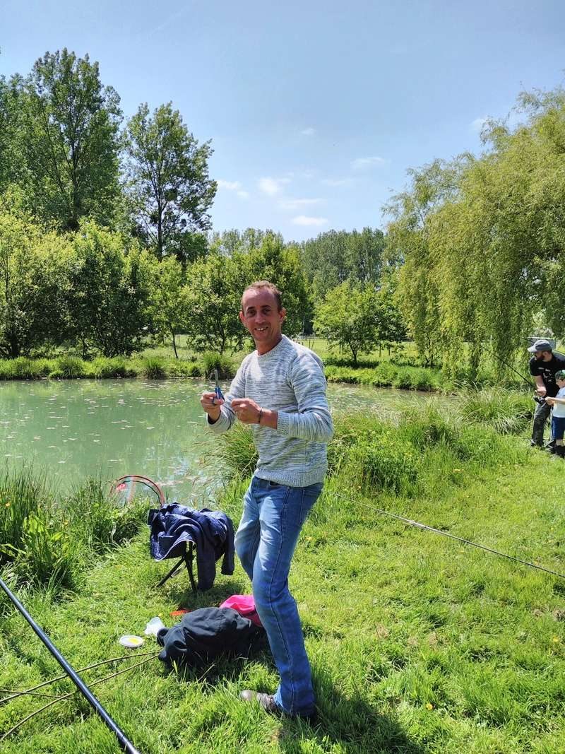 Journée pêche le 19 mai  Img_2021