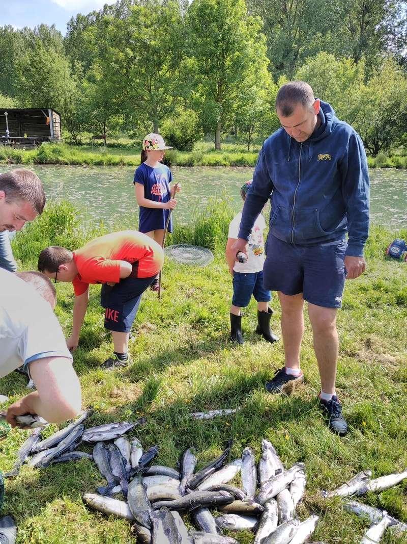 Journée pêche le 19 mai  Img_2035