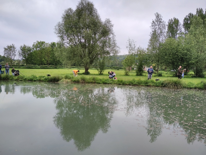 Journée pêche le 19 mai  Img_2053
